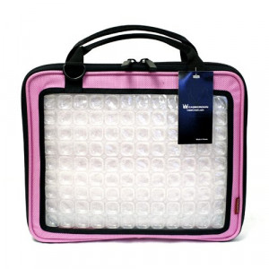 Pink CaseCrown 10in Premium Air Cell Padded Carrying Case for Netbook