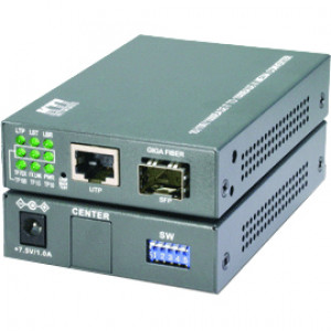 KTI Web Smart 10/100/1000Base-T to 1000Base-X Gigabit Media Converter